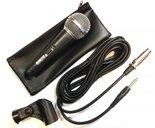 Professional-Dynamic-Microphone-in-hoes-met-kabel-en-microfoonklem