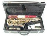 Zwarte altsax met koffer, draagband e.d. _6